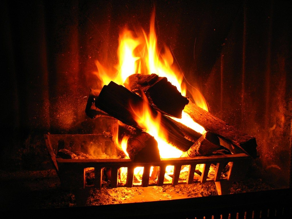 How To Turn Your Tv Into A Fire Place For Christmas Cord Cutters News