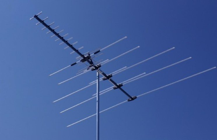 Digital-tv-antenna-620x400 (Small)